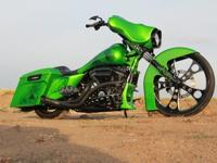 Fully customized Street Glide, 120R Screaming Eagle