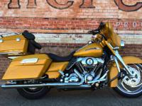 2009 Harley-Davidson Street Glide Custom Yellow Bike