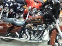 2009 Harley-Davidson Street Glide Get all set to Hang