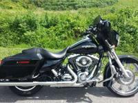 2009 Harley-Davidson Street Glide Showroom Condition
