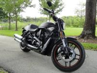 2009 HARLEY DAVIDSON V-ROD MUSCLE. ADDED EQUIPMENT