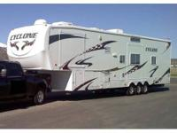 2009 Heartland Cyclone 4012 Fifth Wheel/Toy Hauler.