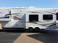 2009 Heartland Big Horn M3055RL 5th Wheel. 2009 heart
