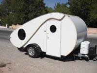 2009 Hi-Lo Mojo Travel Trailer. Teardrop trailer-