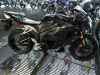 2009 Honda CBR600RR ABS SWEET RIDE!! LOW MILES!! For