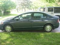 For sale is my 2009 Honda Civic Hybrid!!! The car is in