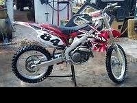 Available is a one owner 2009 Honda CRF 450R with