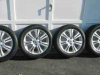 2009 honda fit wheels in good condition and good tires