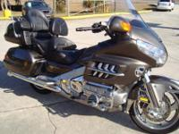2009 HONDA GOLDWING COMFORT PACKAGE. WITH INCLUDES: