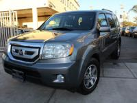 Options:  2009 Honda Pilot Touring|One Owner!! Clean