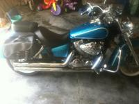2009 Honda Shadow Aero 750. This Cruiser cycle