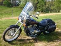 2009 Honda Shadow 750 cc. Shaft driven, Windshield,