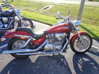 2009 Honda VTX1300C VTX's street-rod Fire up the big 1