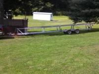 09 Hoosier pontoon boat trailer, the trailer is 30ft
