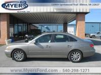 One Owner. Loaded Hyundai Azera. Power Roof Navigation