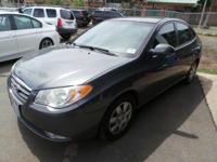 Come see this 2009 Hyundai Elantra GLS. Its Automatic