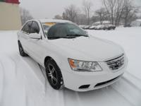 Options:  2009 Hyundai Sonata Gls|Powder White