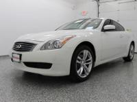 ALL WHEEL DRIVE!! PREMIUM PKG w/ MOON ROOF!! BOSE