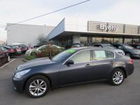 AWD - NAVIGATION - LEATHER INTERIOR - POWER MOONROOF -