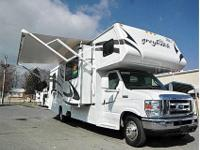 CHEAP Year: 2009 Make:Jayco Model:Greyhawk 31GS