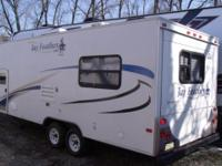 Mint condition one owner 2009 Jayco Jay Feather EXP