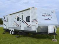 Great RV trailer, no problems with this unit. has never