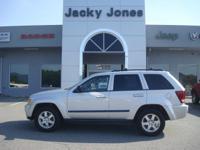 2009 Jeep Grand Cherokee Laredo in Silver, *White Glove