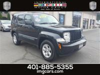 One Owner - Car Fax Certified - 4x4 - Automatic -