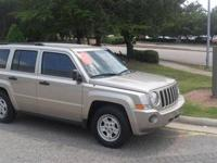 This 2009 Jeep Patriot 4dr SUV features a 2.0L L4 SFI