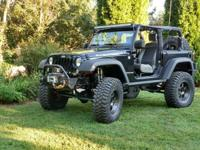 2009 Jeep Wrangler JK Rubicon Lifted 4x4. 30 k miles
