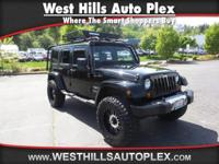 WRANGLER UNLIMITED SAHARA 4D SUV 4WD  Options:  Abs