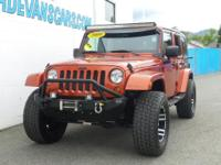 Options:  2009 Jeep Wrangler Unlimited Sahara|Hard