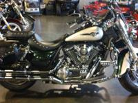 2009 Kawasaki Vulcan 1700 Classic LT LIKE SHOWROOM NEW!