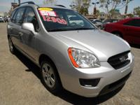 Exterior Color: silver, Body: Minivan, Engine: 2.4L I4