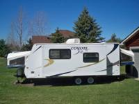 2009 KZ Coyote LE . Camper is in excellent like new
