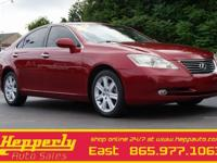 This 2009 Lexus ES 350 in Matador Red Mica features.