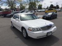 Clean CARFAX. Vibrant White Clearcoat 2009 Lincoln Town