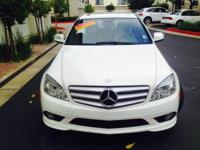 Options:  2009 Mercedes-Benz C-Class C300 Luxury 4Dr