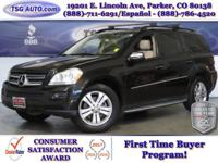 **** JUST IN FOLKS! THIS 2009 MERCEDES GL-450 HAS JUST