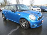 Exterior Color: blue, Body: Hatchback, Engine: I4