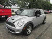 Enter the 2009 MINI Cooper S! The ideal mix of