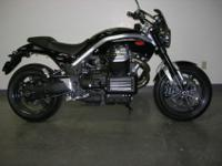 Gorgeous Guzzi naked bike lines, combined with