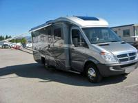 For sale-. 2009 Winnebago 24DL set out magnificently