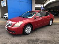 Looking for a clean, well-cared for 2009 Nissan Altima?