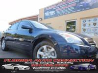 ***LUXURY AT WHOLESALE PRICE** This Nissan Altima 3.5SL