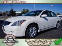 2009 Nissan Altima 4dr Car 2.5 S Our Location is: Dave