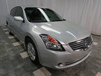 This 2009 Nissan Altima 4dr 4dr Sdn I4 CVT 2.5 S Sedan