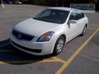 CARFAX 1-Owner, ONLY 45,069 Miles! EPA 31 MPG Hwy/23
