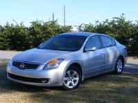 This 2009 Nissan Altima 2.5 S is offered to you for