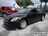 2009 NISSAN ALTIMA Sedan Our Location is: Mike Shad